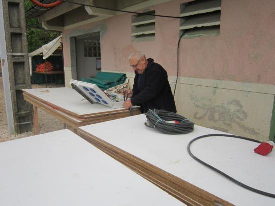 Gérard, notre indispensable chef électricien